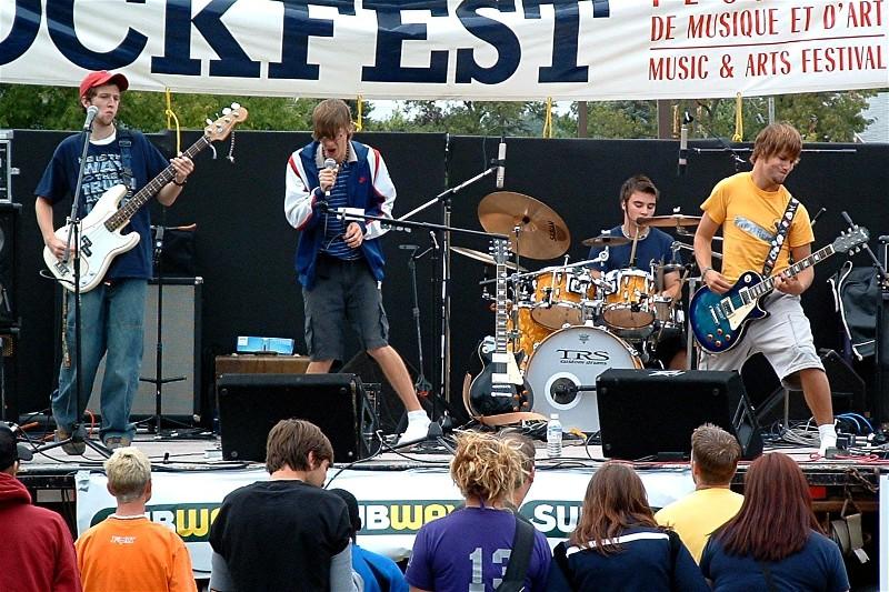 rockfest03band.jpg